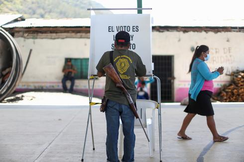 Severed head and body parts on Mexico midterm election day