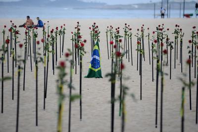 Protests against Bolsonaro as Brazil passes half a million COVID deaths
