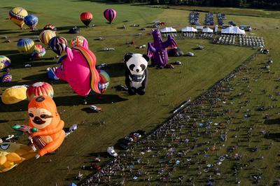 Hot air balloons fill New Jersey skies