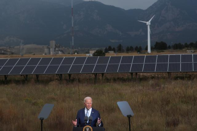 U.S. President Joe Biden makes remarks to promote his infrastructure spending proposals during a visit to the Flatirons Campus Laboratories and Offices of the National Renewable Energy Laboratory (NREL), in Arvada, Colorado, U.S. September 14, 2021. REUTERS/Leah Millis