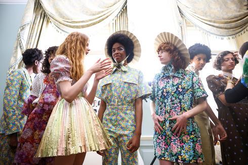 Shows return at hybrid London Fashion Week