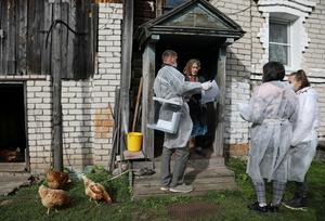 Rivals allege mass fraud as Russian pro-Putin party wins big majority