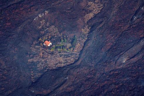 Devastation from above as volcano erupts on Spanish island