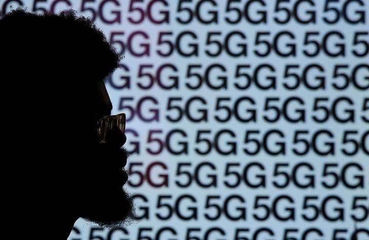 アングル:米通信事業者の5G対応、現実は広告に遠く及ばず